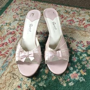 Shoes, womens